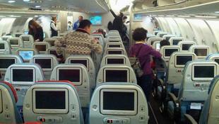 THY uçağından çıkanlar şoke etti ! Temizlik personeli buldu