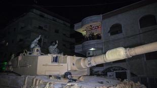 Mehmetçik Afrin'de gece devriyesinde !