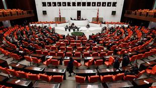 Meclis'te AK Parti, MHP ve CHP ittifakı !
