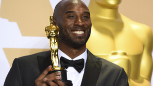 Oscar ödülü Kobe Bryant'a !