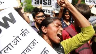 Milletvekili genç kıza tecavüz etti; ülke karıştı !