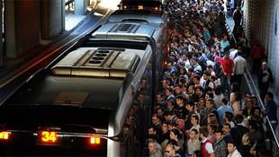 Metrobüs'te şırınga paniği: ''Şırıngayı bir anda sapladı''