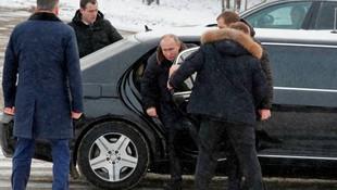 'Putin'den satılık makam aracı