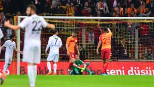 Taraftardan Galatasaraylı oyunculara büyük öfke