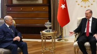 ''AK Parti - MHP İttifakı %51'i bulamıyor, ikinci tur kesin''