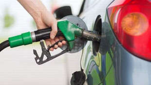 Vatandaşa müjde: Benzin ve motorine indirim geliyor ! Zamdan indirim (!)