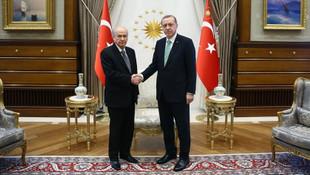 İttifakta İYİ Parti çıkmazı ! Bahçeli itiraz etti, AK Parti vazgeçti