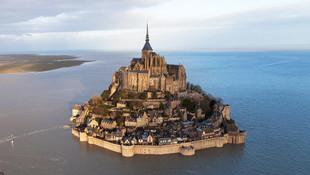 Fransa'da terör alarmı ! Tarihi ada boşaltıldı