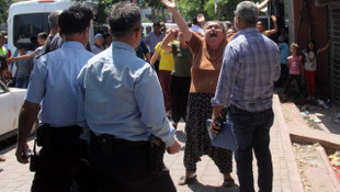 Polis linçten kurtardı