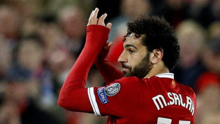 Muhammed Salah attı, Eto'o yıkıldı !