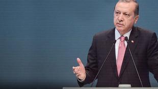 AK Parti'den 3 dönem kuralı ve bedelli askerlik kararı