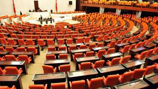 İşte AK Parti'de Meclis'e veda edecek isimler
