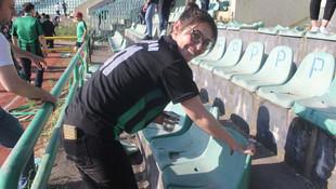 Kocaelispor'un stadında hatıra kapma yarışı !