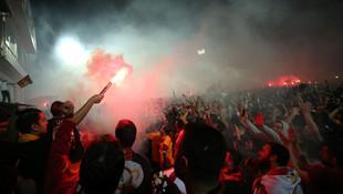 Galatasaray'dan Florya'da muhteşem kutlama