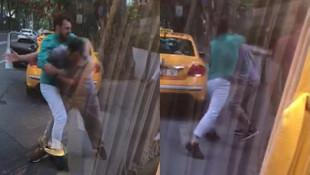 Taksici ile minibüsçü yol ortasında birbirine girdi