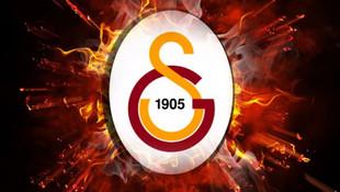 Galatasaray'da ilk transfer gerçekleşti !