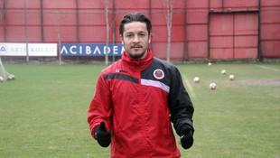 Göztepe'de ilk transfer gerçekleşti !