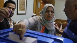 Irak'taki seçimlerde skandal ! Şimdi de yangın çıktı