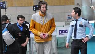 Mehmet Şanlı'dan iyi haber ! Hava alanında kalıyordu...
