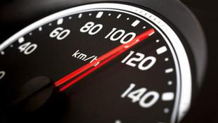 Trafikte %10'luk hız sınırını aştığı için kesilen ceza iptal edildi