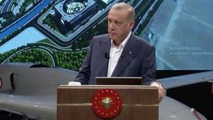 Erdoğan'ın programında sosyal medyayı sallayan detay