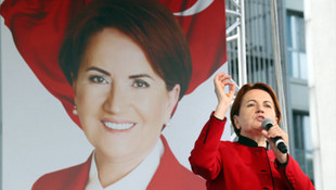 Akşener'den şok iddia: AK Parti para teklif etti