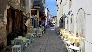 Tatil bölgelerinde sokaklar bomboş kaldı