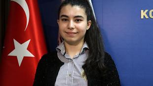En genç milletvekili adayı oyunu kullandı