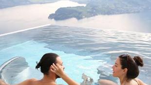 Sıcak havuzda aşk tatili