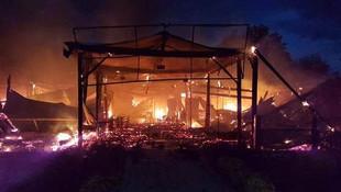 Sapanca Gölü kıyısında sabaha karşı şüpheli yangın