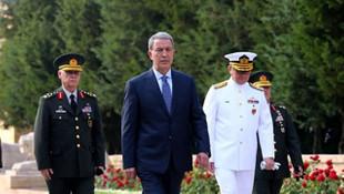 Milli Savunma Bakanı Akar'dan ilk ziyaret