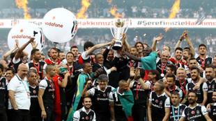 Beşiktaş'ın şampiyon kadrosu dağıldı !