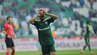 Bursaspor'dan açıklama: 'Aziz Behich'e teklif yok'