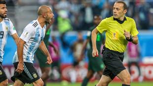 Dünya Kupası finalini Cüneyt Çakır mı yönetecek ?