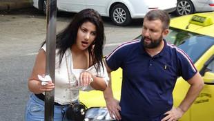 Beyoğlu'nda kadın turistler birbirine girdi