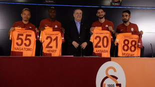 Galatasaray'dan 4 imza birden !
