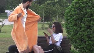 Adana'da sosyal medya fenomeninin bornozlu şakası olay oldu