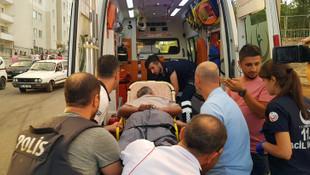 Polise silahlı saldırı, ortalık karıştı