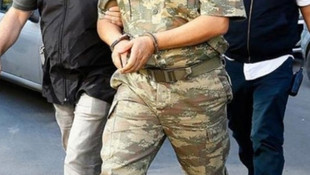 12 muvazzaf asker FETÖ'den gözaltında