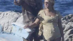 Beyonce-Jay Z aşk teknede aşka geldi