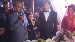 Aşiret düğününde ilginç detay ! Bilgi verilmedi...