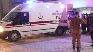 Siirt'te askeri araç devrildi: 3 yaralı