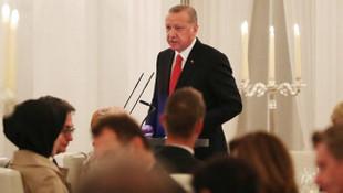 Erdoğan'dan ''Almanca'' jesti ! Türkçe başladı, Almanca bitirdi