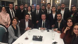 Mansur Yavaş CHP ve İYİ Parti gençlik kollarıyla buluştu