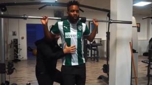 Cedric Bakambu'dan Bursaspor formalı paylaşım
