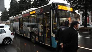 Otobüste taciz iddiası ortalığı karıştırdı ! Yüzünden bıçaklandı