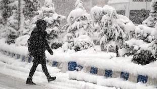 Eğitime kar engeli ! O illerimizde okullar tatil edildi