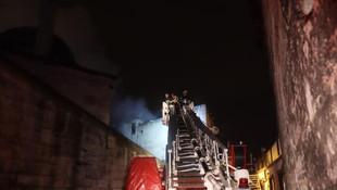 Fatih'te yangın can aldı