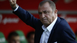 Galatasaray'ın Fatih Terim'in yeni sözleşmesini TFF'ye göndermediği ortaya çıktı