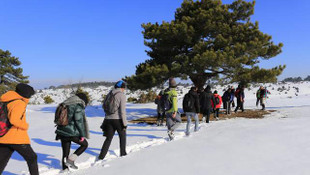 40 santim karda yürüdüler